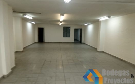 1 4 525x328 - Local en Arriendo Almacentro
